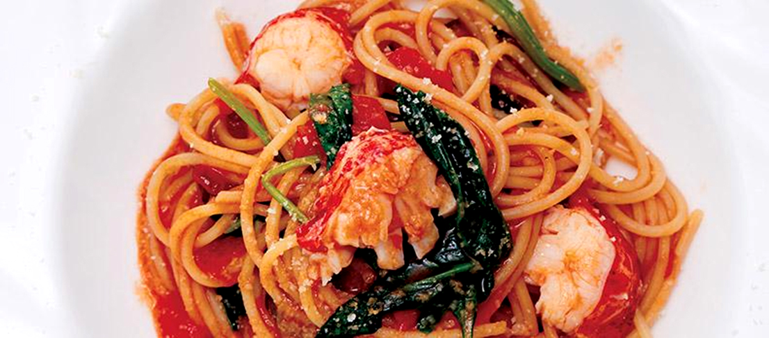 Tomato sauce pasta with lobster meat : Simmer the whole tomatoes and our lobster broth together.